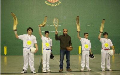 Uvesa sponsorise the club Jai-Alai de Cabanillas (Navarra)