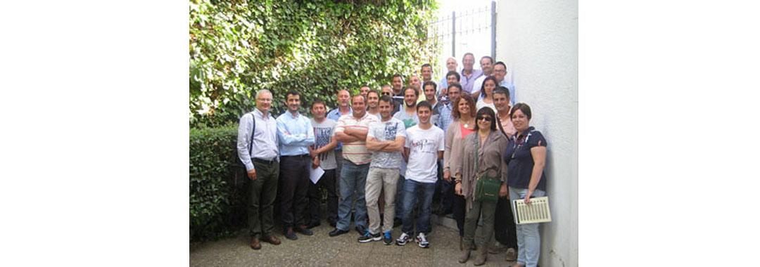 UVESA brings together 70 breeders of birds in their training days in Tudela