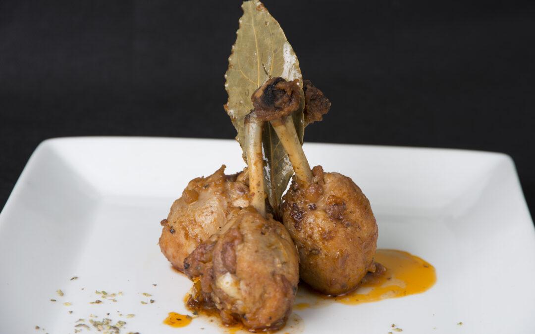 Jamoncitos de pollo al pimentón y orégano