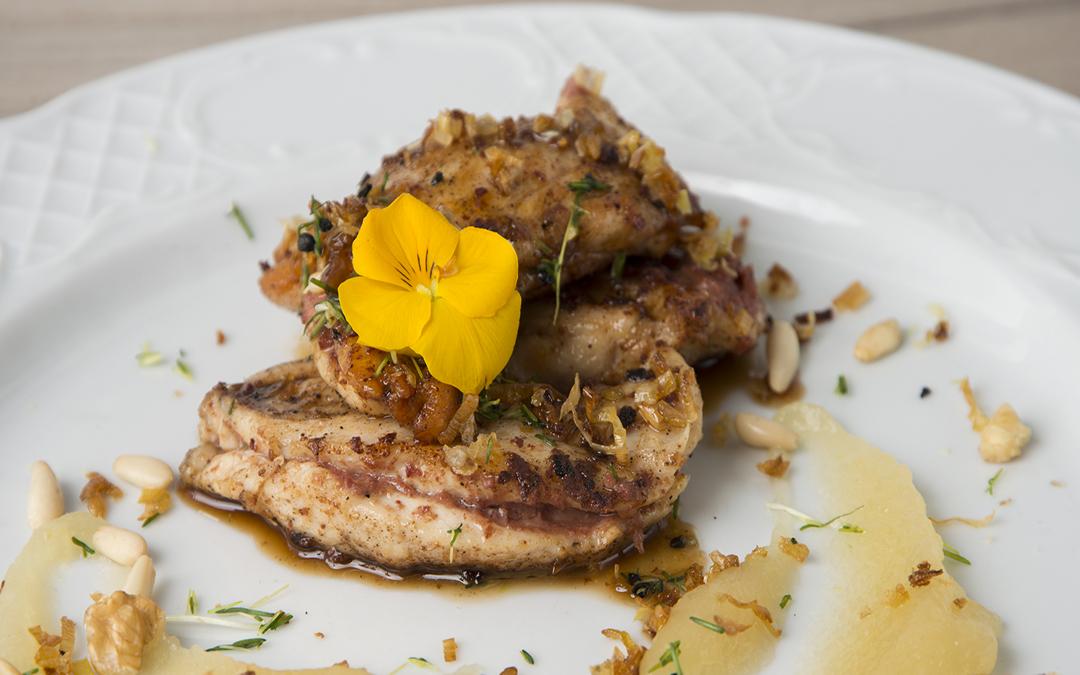 Receta: Solomillitos de pollo y paté con reducción de Pedro Ximenez y compota de manzana