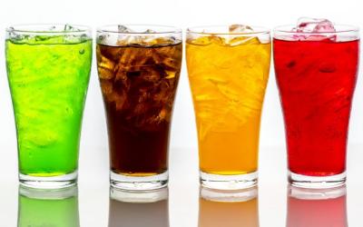 ¿Por qué son perjudiciales las bebidas azucaradas?